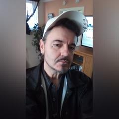 52 years old  men