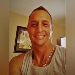 34 years old  men
